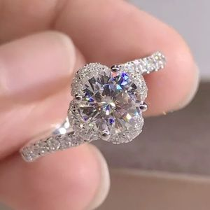 New 925 Engagement Style Ring